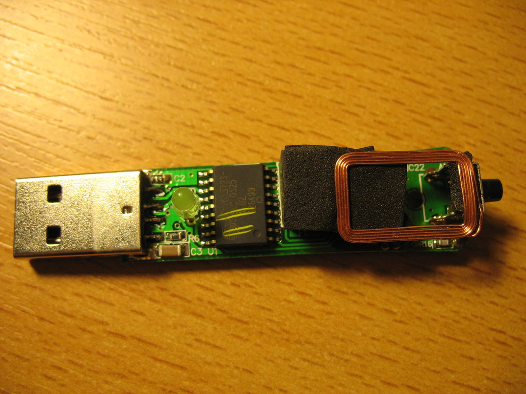 Hama wireless receiver 57276 rmo201 pcb front.jpg
